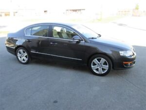 VOLKSWAGEN PASSAT HIGHTLINE 2008 2.0T CUIR TOIT MAG AIR XENON