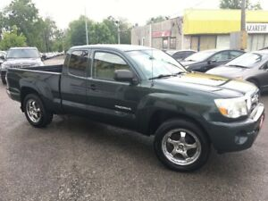2010 Toyota Tacoma AUTO/ ALLOYS/ CLOTH/ DRIVES LIKE NEW
