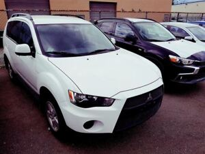 2011 Mitsubishi Outlander ES 4WD; Local vehicle!