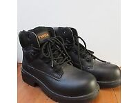 Mens Trojan work boots new in box size 8
