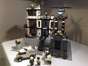 Lego police #7237 99% complet