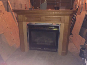 Gas fireplace & mantle