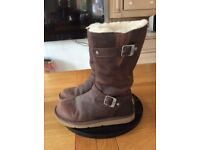 Ladies Brown Leather Ugg Boots Size 6