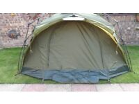 tf gear force 8 quick erect carp fishing bivvy excellent condition complete with carry bag