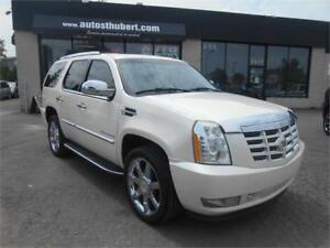 CADILLAC ESCALADE LUXURY 2008 **NAVIGATION/DVD**