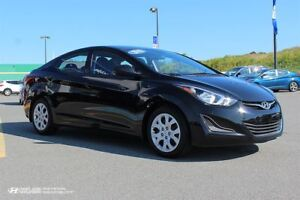 2015 Hyundai Elantra GL! Low KMS! WARRANTY! HEATED SEATS!