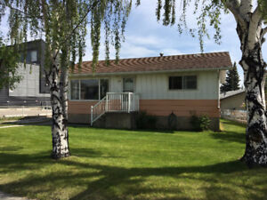 Hinton Ab- 3 Bedroom House with Garage option