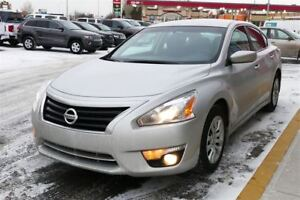 2015 Nissan Altima 2.5 - Backup Camera- Easy Financing - Low KMS