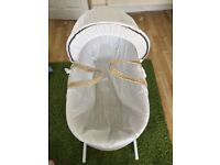 White mosses basket with white rocking stand (new)