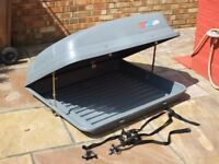 Large Halfords Car Roof Box