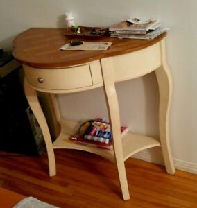 Table d'appoint demi-lune