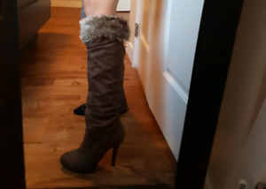 Boots Size 7 (Spring)
