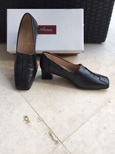 Simona Fashion Black Leather Women's Shoes - NEW! Size 5 1/2