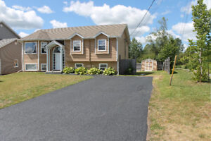 DIEPPE / In-Law Suite / Private Fenced backyard w/ Walking Trail