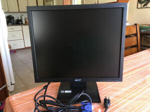 """Acer 17"""" LCD Monitor"""