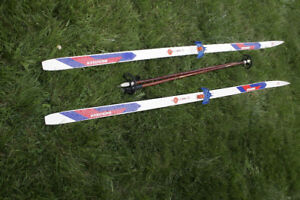 mens cross country skis and poles