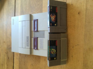 Super Nintendo with 2 games no controllers or power adapter