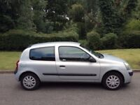RENAULT CLIO 1.2 AUTHENTIQUE 2004 10 MONTHS MOT LOW COST TAX AND INSURANCE CD PLAYER REMOTE LOCKING