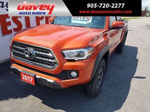 2017 Toyota Tacoma SR5 NAVIGATION, SATELLITE RADIO, HEATED SEATS