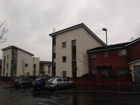 Holdsworth Drive L7 - 4 bed furnished duplex flat inc bills, with two bathrooms and roof balcony
