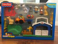 Fisher Price Little People Petting Zoo Set