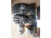 RST Heated Gloves. (Almost new never used)