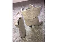 Ladies Suede Effect Boots 6
