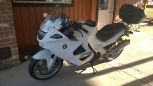 BMW K1200RS in Line Four 130HP