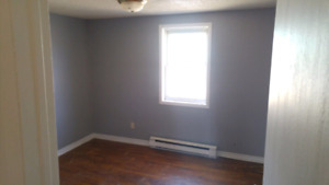Small unfurnished 2 bedroom apt in upstairs duplex - $900 incl