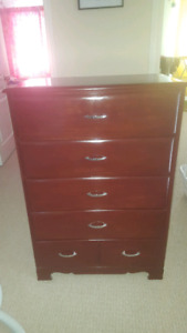 Bedroom set drawers and desk