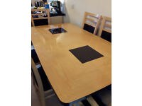 Dinning Room Table and 6 Chairs.