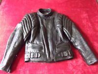 Women's Black Leather Motorbike Gear: Jacket & 5-pocket Jeans: Excellent Condition