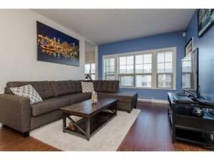 langley downtown 1bed+1den(with window) condo