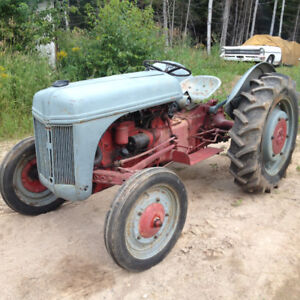 Ford 9N tractor in great working order
