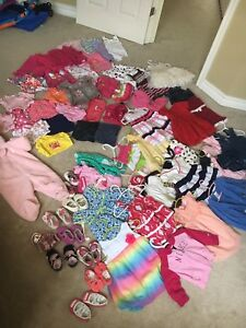 Huge lot of clothes 0-12 months