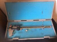 """Mitutoyo digital calliper model CD-8"""" C. Excellent condition in original case"""
