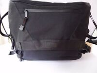 Calumet Pro Large Camera Bag - Excellent Condition - OIRO £30
