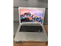 Apple MacBook Air 2014 core i5 like new