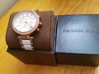 Michael Kors MK 5774 Parker Ceramic Chornograph Bracelet Watch mint condition