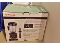 VITAMIX Professional Series 750 - Brand New with Box