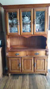 China Cabinet / Wine Glasses