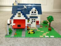 Lego Apple Tree House 100% complete with box!