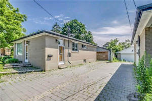 HOUSE for RENT in WHITBY - Rossland & Brock St.