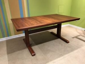 Mid Century Rosewood Dining Table and Chairs