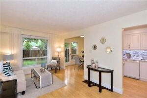 Bayview Village 4 Br Condo Twnhse - Reno'd From Top To Bottom!