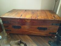 Lovely wooden chest/trunk
