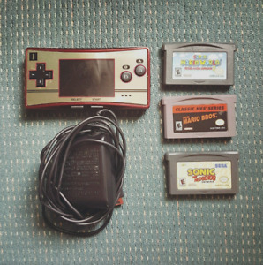 Gameboy Micro with 3 games