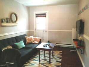 Awesome 4 ½ renovated, 2BR, Fully furnished sept 1st