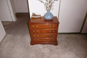 4 DRAWER SOLID WOOD NIGHT STAND