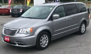 2016 Chrysler Town & Country TOURING*POWER SLIDERS*POWER HATCH*